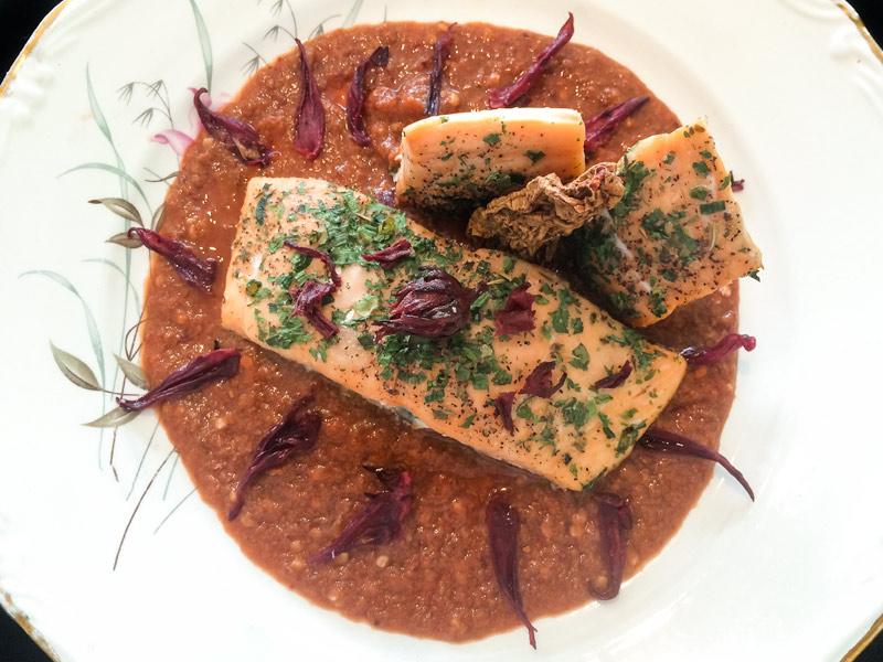 Salmón en salsa de Guayaba y Chipotle