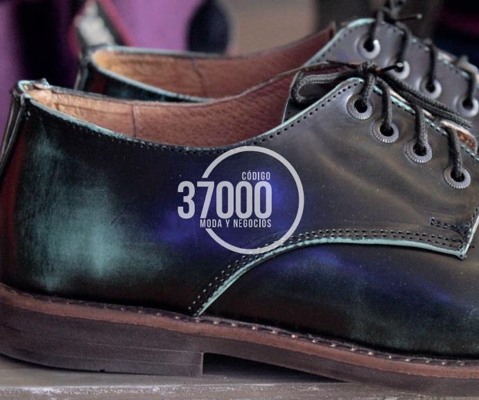 CÓDIGO 37000 La Ruta de la Moda y los Negocios en León