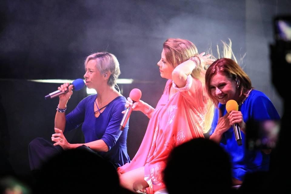 Ilse , Ivonne y Mimi en Noche de Brillo de Expo Joya